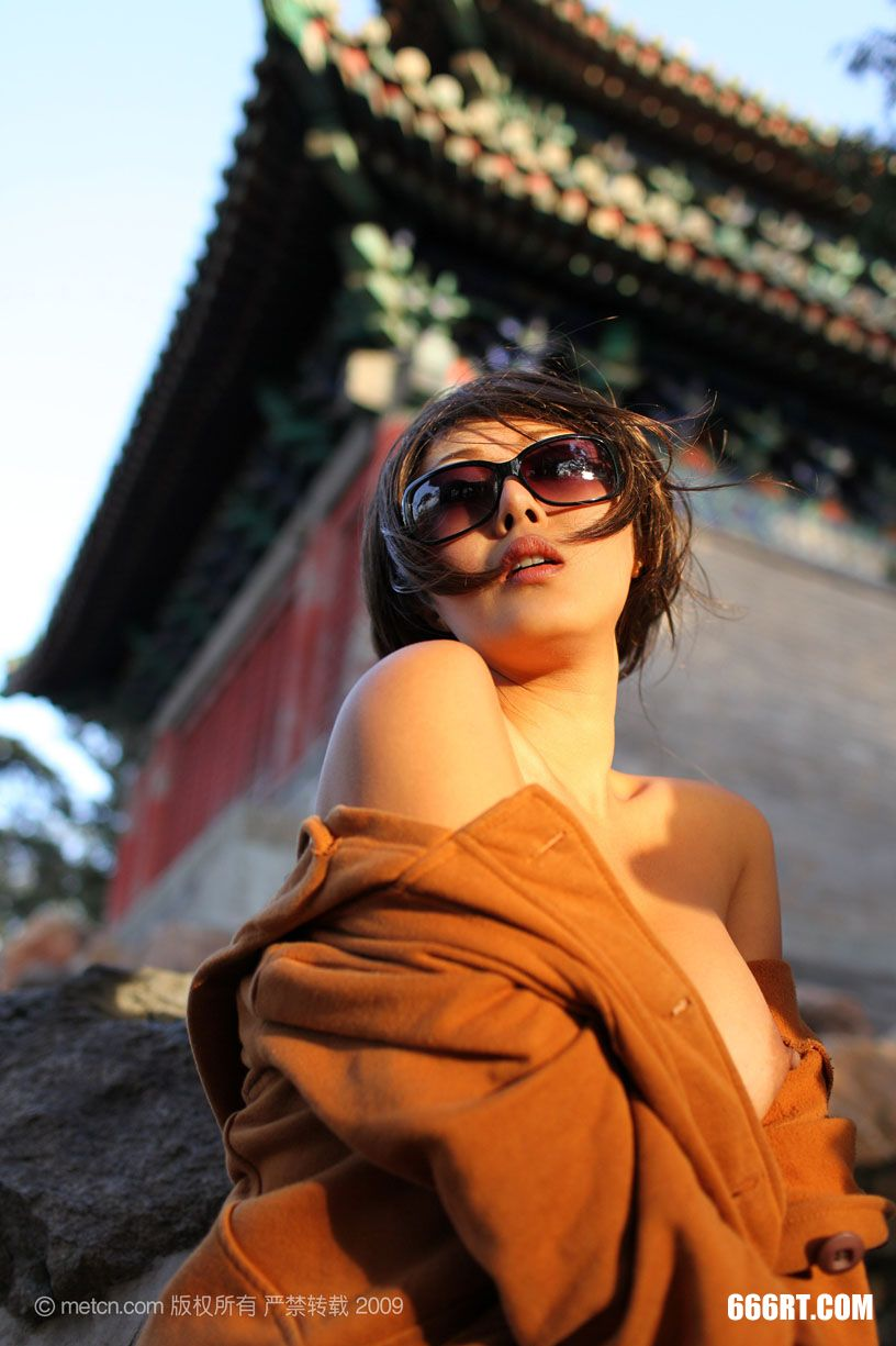 《SummerStyle》超模奥雷09年11月30日外拍