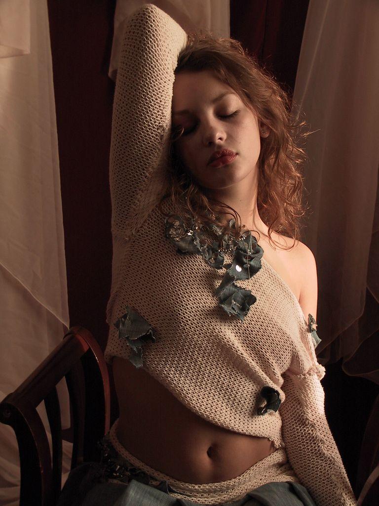 画家的人体模特_年轻的名模Adele和她的搭档宫廷棚拍
