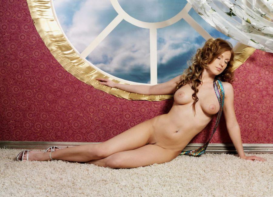 美模Meroy轮盘背景下棚拍