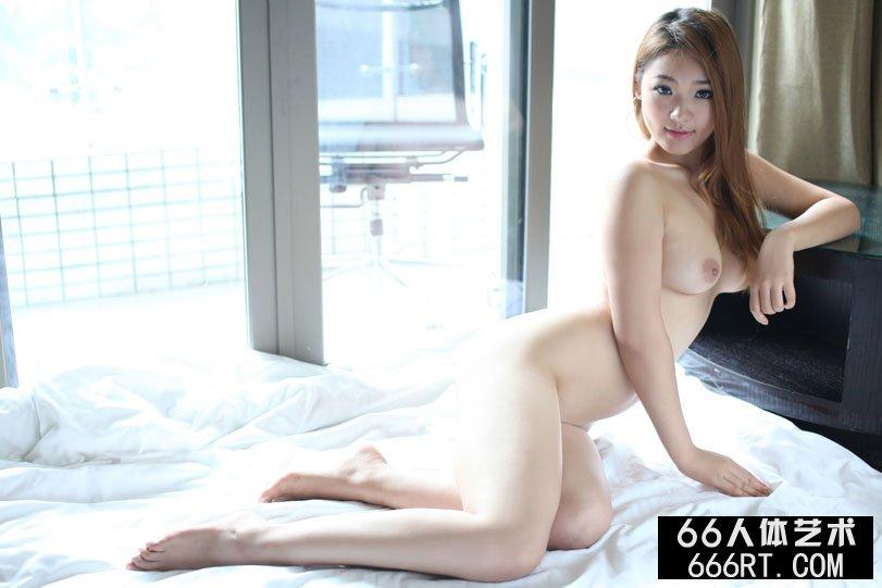 国模欢欢炮交啪啪150p_裸模雅丝11年8月28日酒店棚拍人体