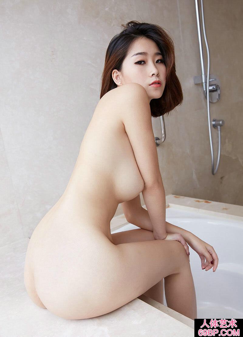 精品美妇晓雯全身全裸展示美胸美臀